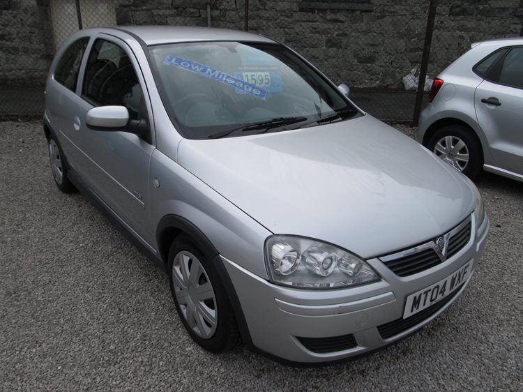 Vauxhall Corsa 1.2i a/c Design 3 Door Hatchback in Silver