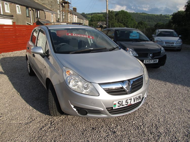 NOW SOLD Vauxhall Corsa 1.3CDTi Life 5 Door Hatchback in Silver Metallic.