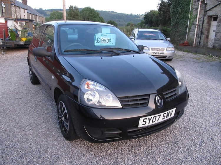 NOW SOLD Renault Clio 1.2 Campus 3 Door Hatchback in Black