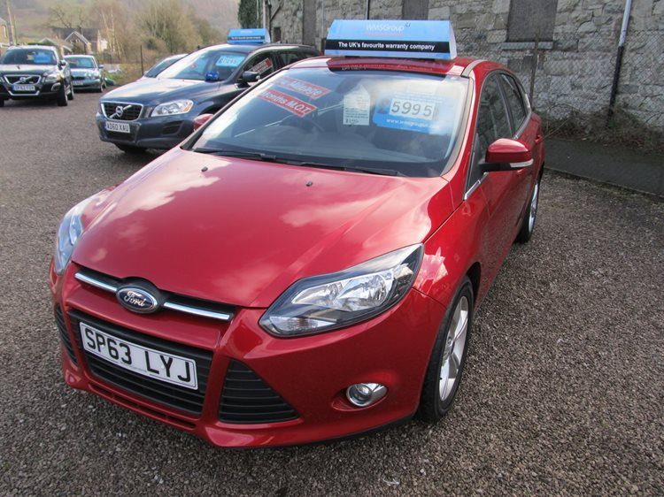 Ford Focus 1.6TDCi 115ps Zetec 5 Door Hatchback in Red Metallic