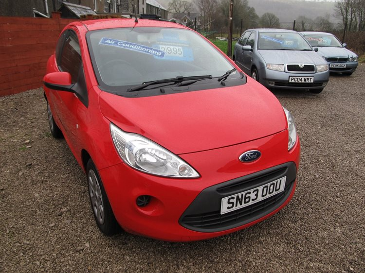 Ford Ka 1.2 69ps Edge 3 Door Hatchback in Red